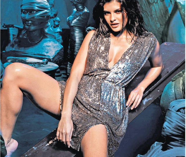 Jacqueline Fernandez Hot Pic From Film Murder  Is Leaked Out Wllcome To Pakmaza